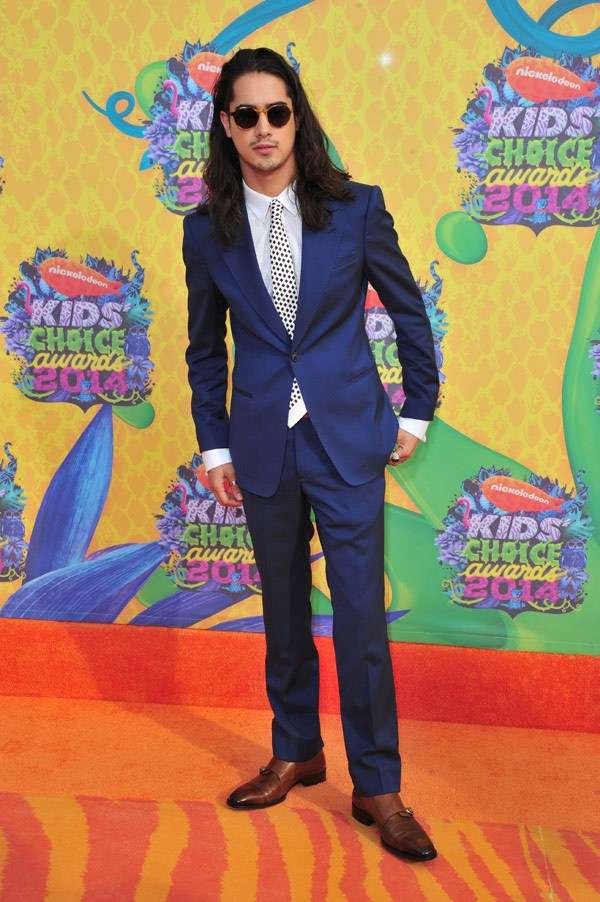 Kids Choice Awards 2014 look red carpet - Avan Jogia