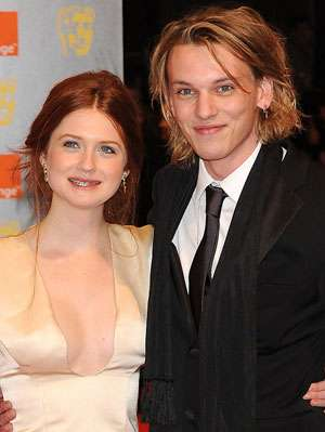 Star fidanzamento giovani - Bonnie Wright e Jamie Campbell Bower