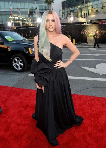 American Music Awards 2013 - Kesha