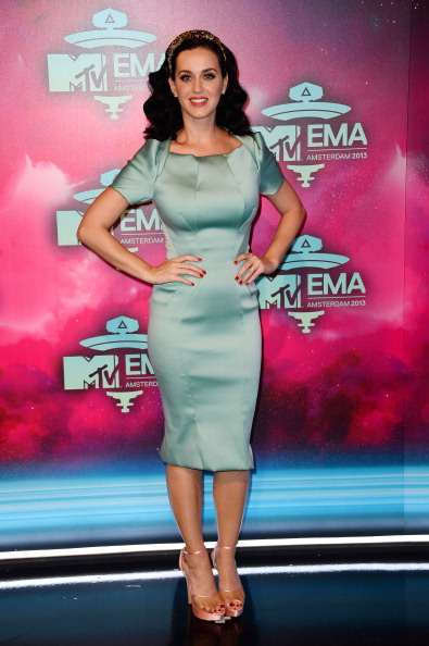 Mtv Europe Music Awards 2013: guarda i look delle star sul red carpet