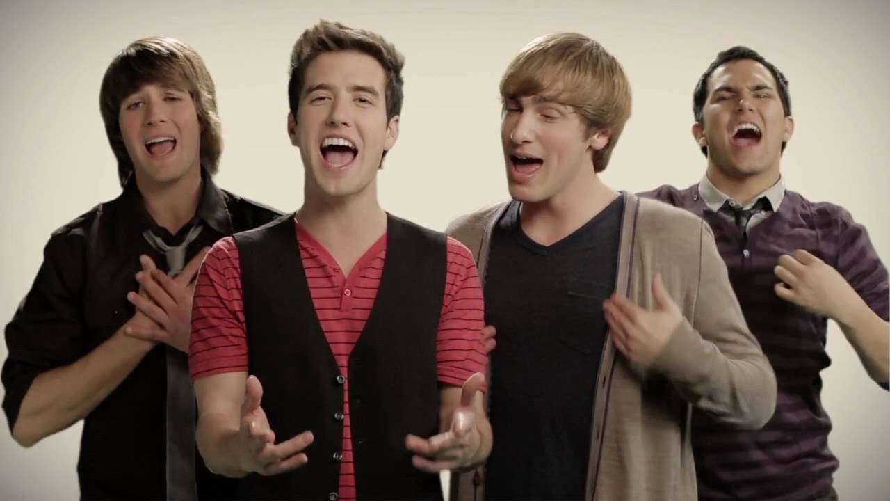 I Big Time Rush mentre cantano