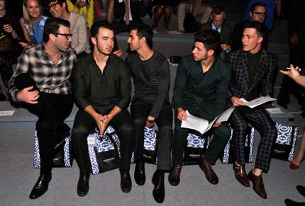 New York Fashion Week 2013 - Jonas Brothers e Colton Haynes