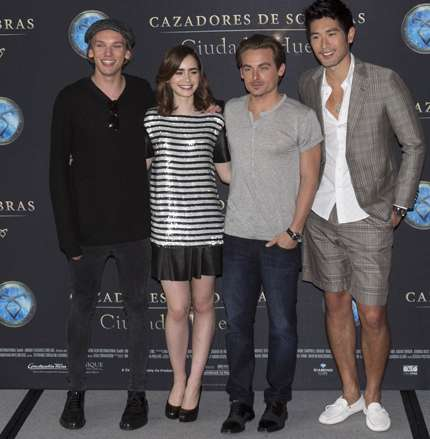 Jamie Campbell Bower, Lily Collins, Kevin Zegers, Godfrey-Gao
