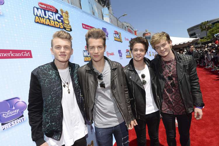 Radio Disney Music Awards 2014: le foto dei look dal red carpet