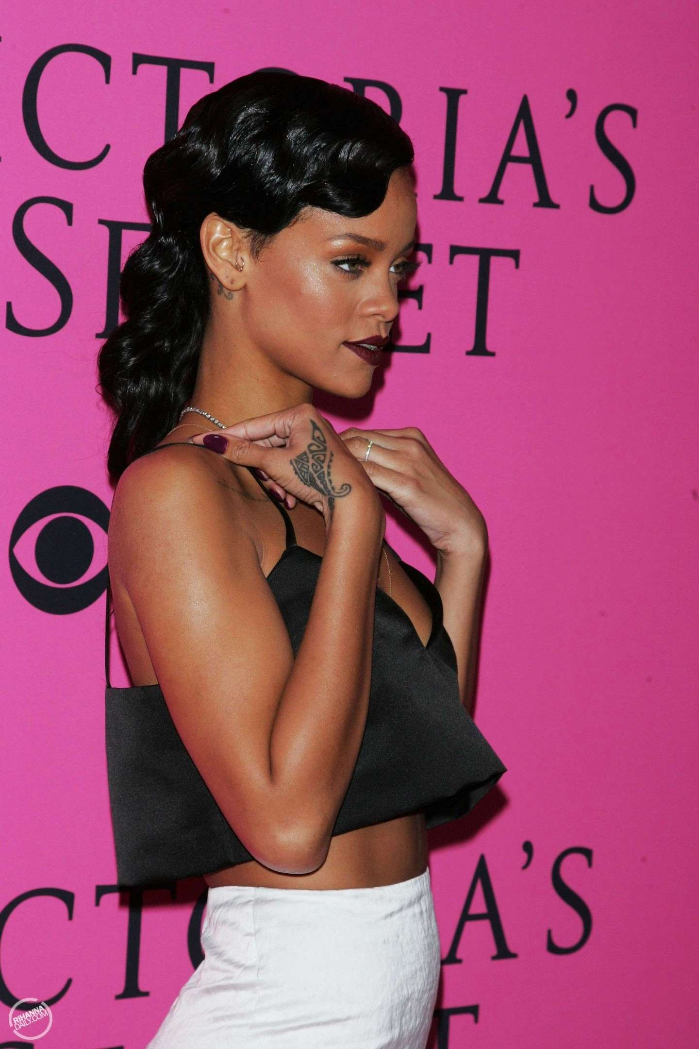 Rihanna con crop top