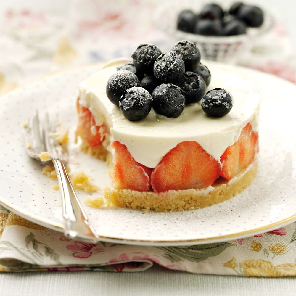 Cheesecake fragole e frutti rossi