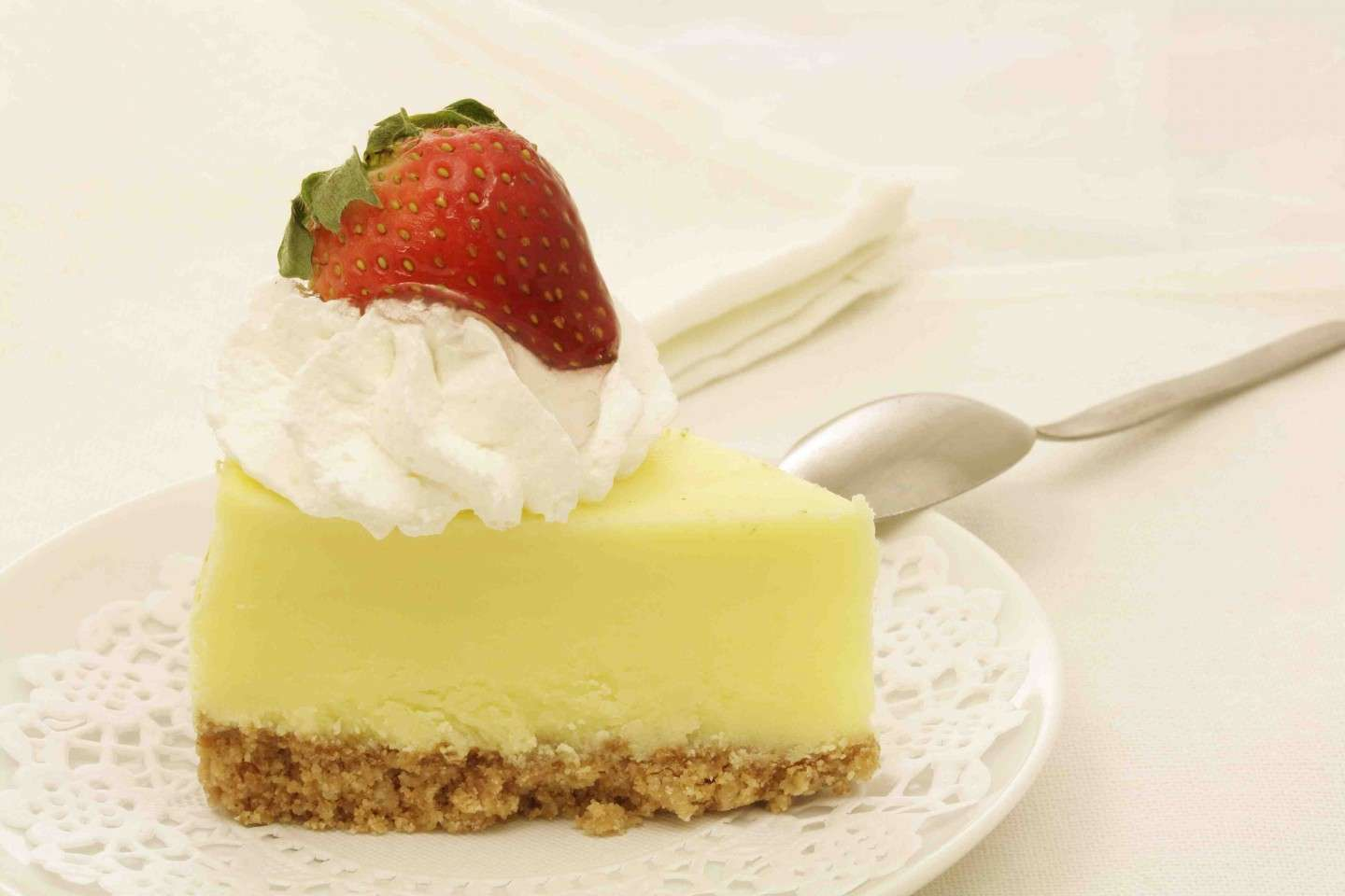 Cheesecake fragole e panna
