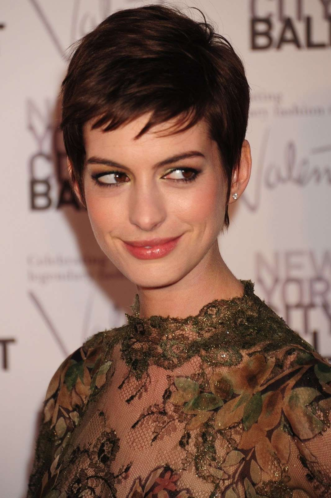 Trucco per occhi grandi: Make up Anne Hathaway