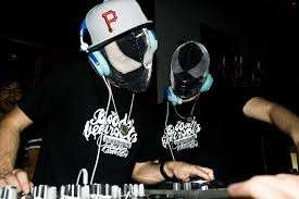 The Bloody Beetroots a Gallipoli