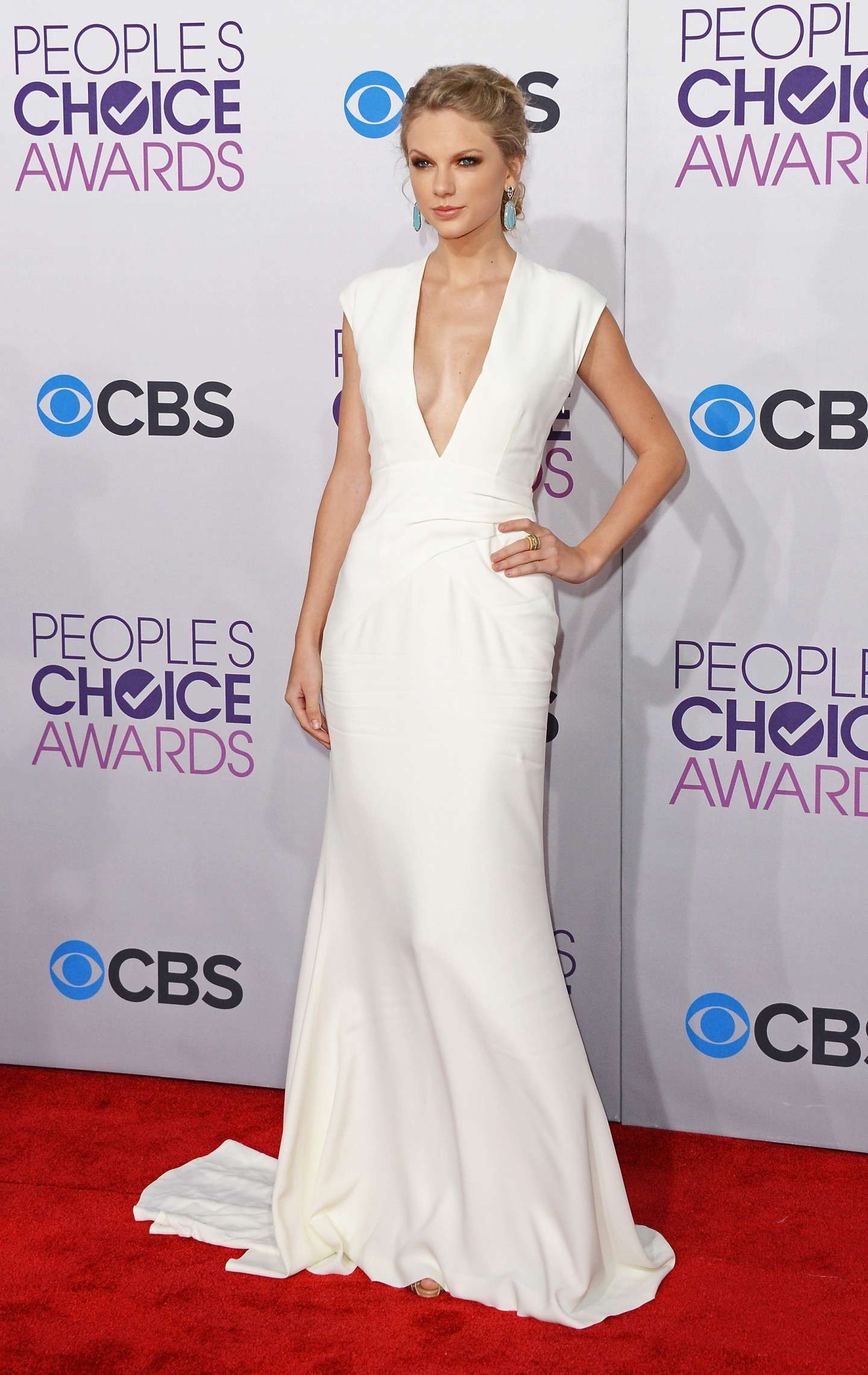 Outfit molto elegante per i Peoples choice awards