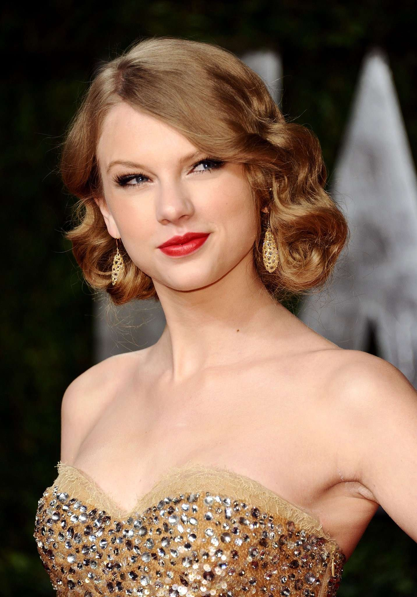 Taylor Swift mostra il faux bob