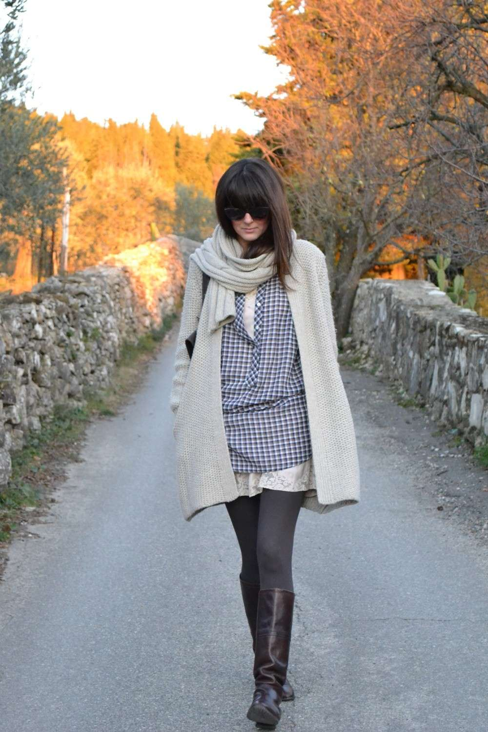 Outfit casual con maxi pull