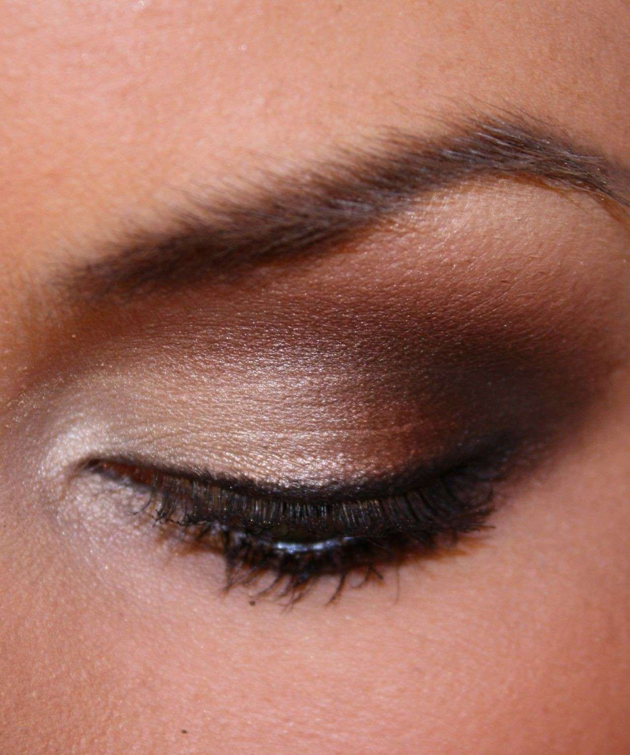 Smoky eye marrone