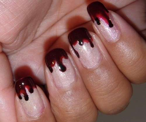 French manicure sangue