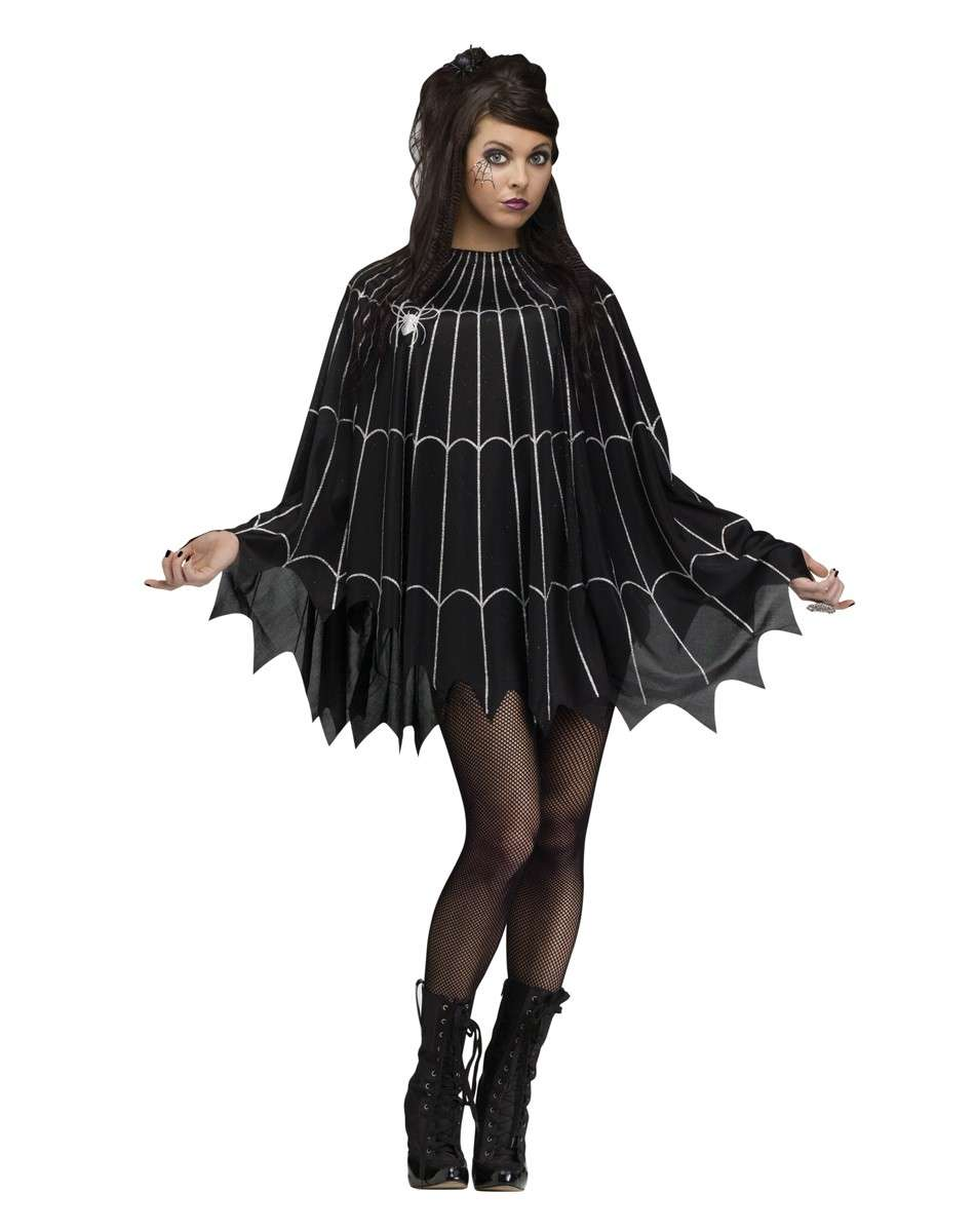 Costume di Halloween con little black dress