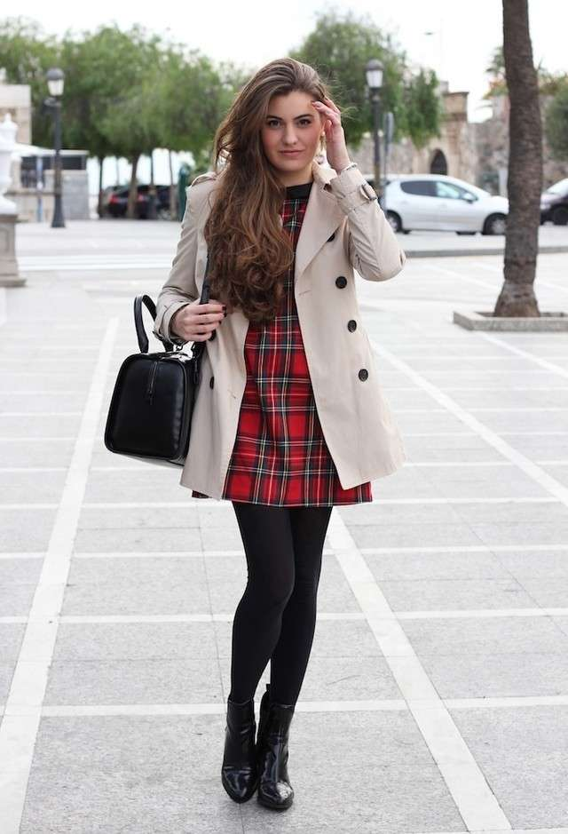Outfit con gonna in tartan