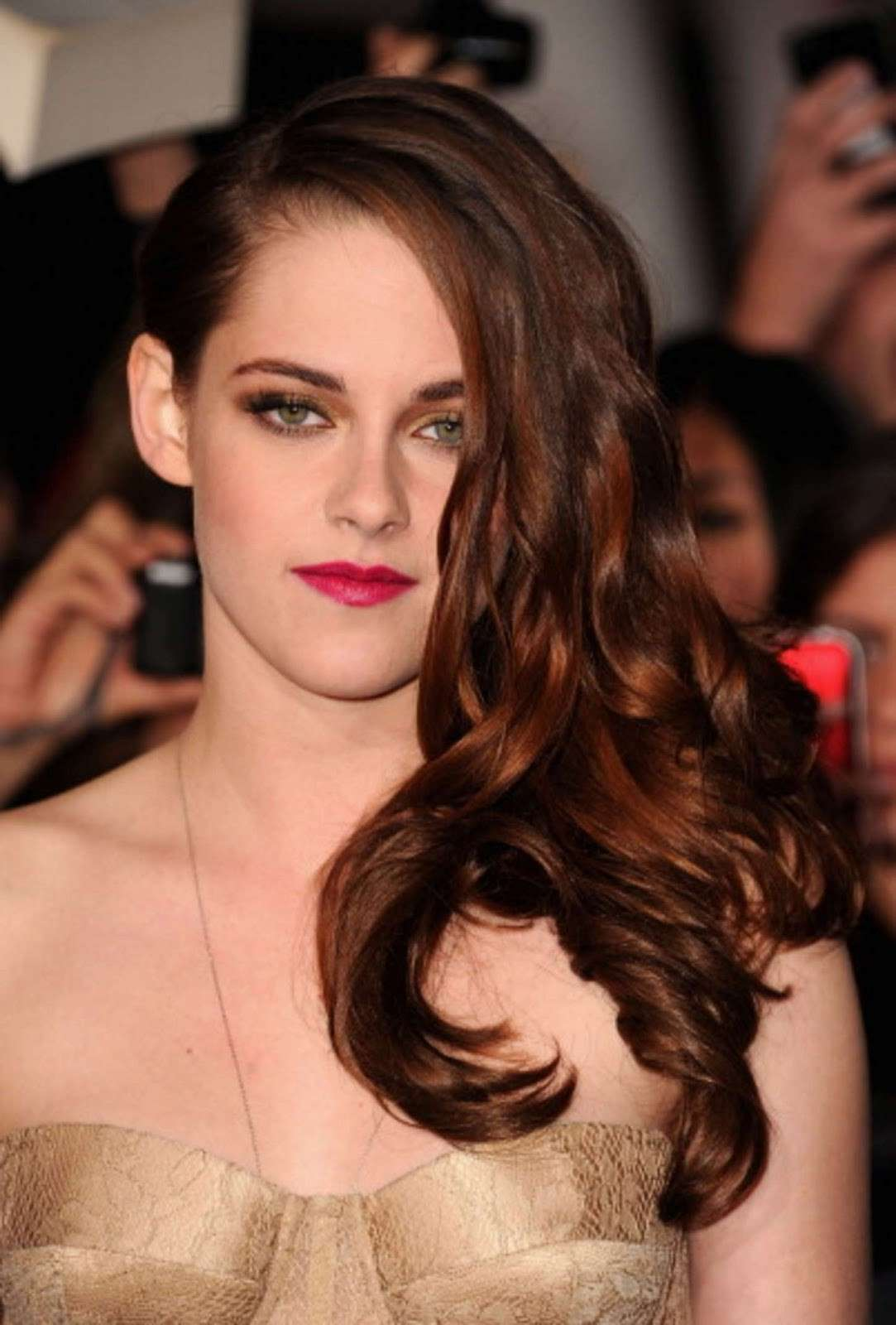 Kristen Stewart con una bellissima acconciatura sul red carpet