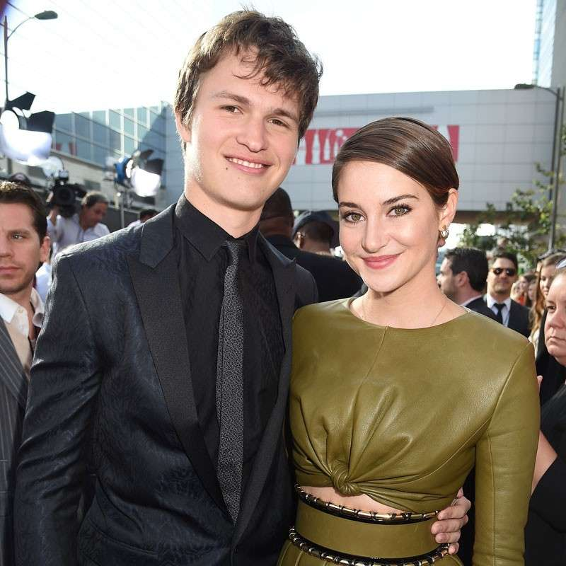 Ansel Elgort e Shailene Woodley sul red carpet