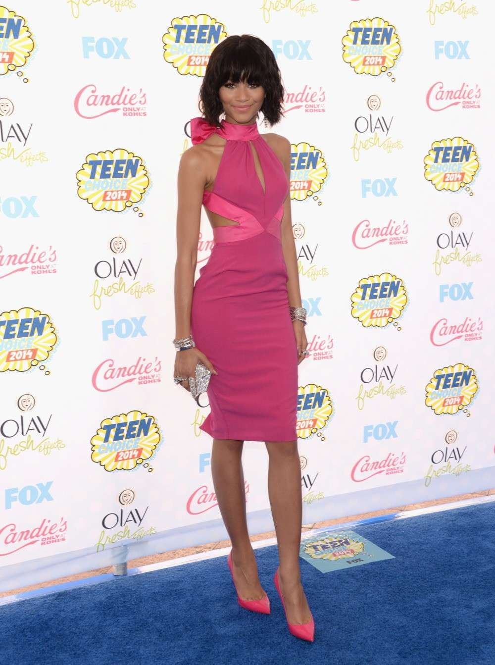 Zendaya in look total pink