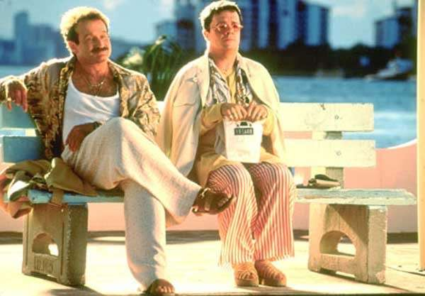 Film di Robin Williams: Piume di struzzo