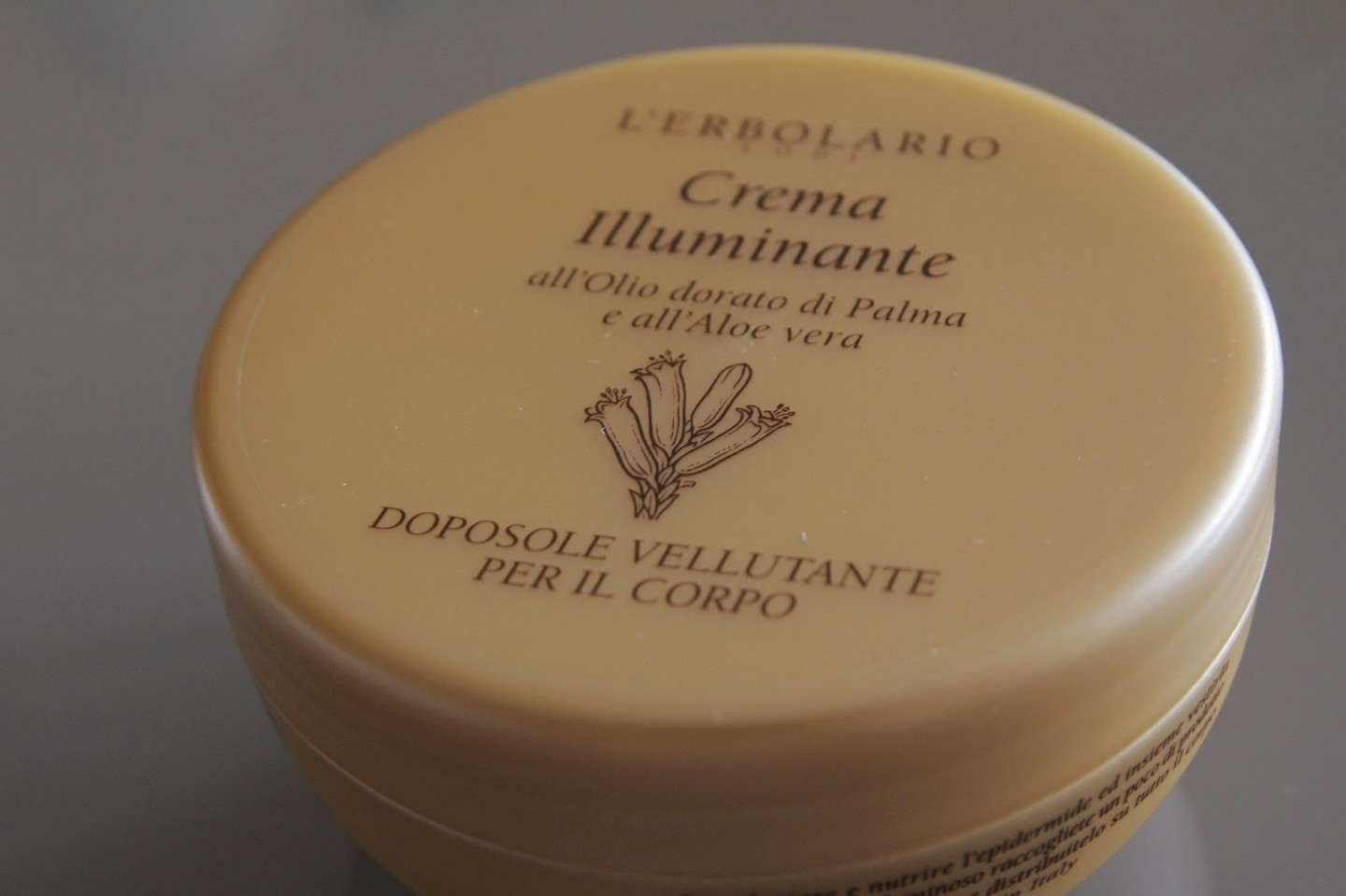 Crema illuminate doposole