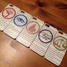 Regali per i fan di Divergent: cover per iPhone
