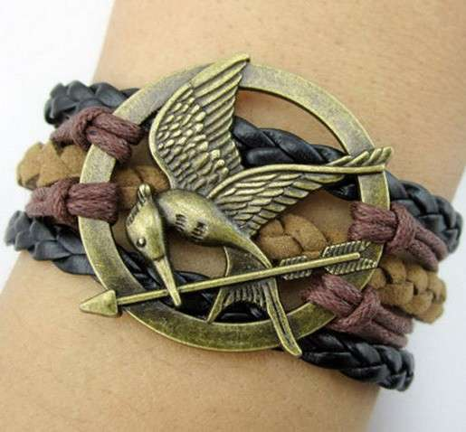 Regali per i fan di Hunger Game: bracciale multifili