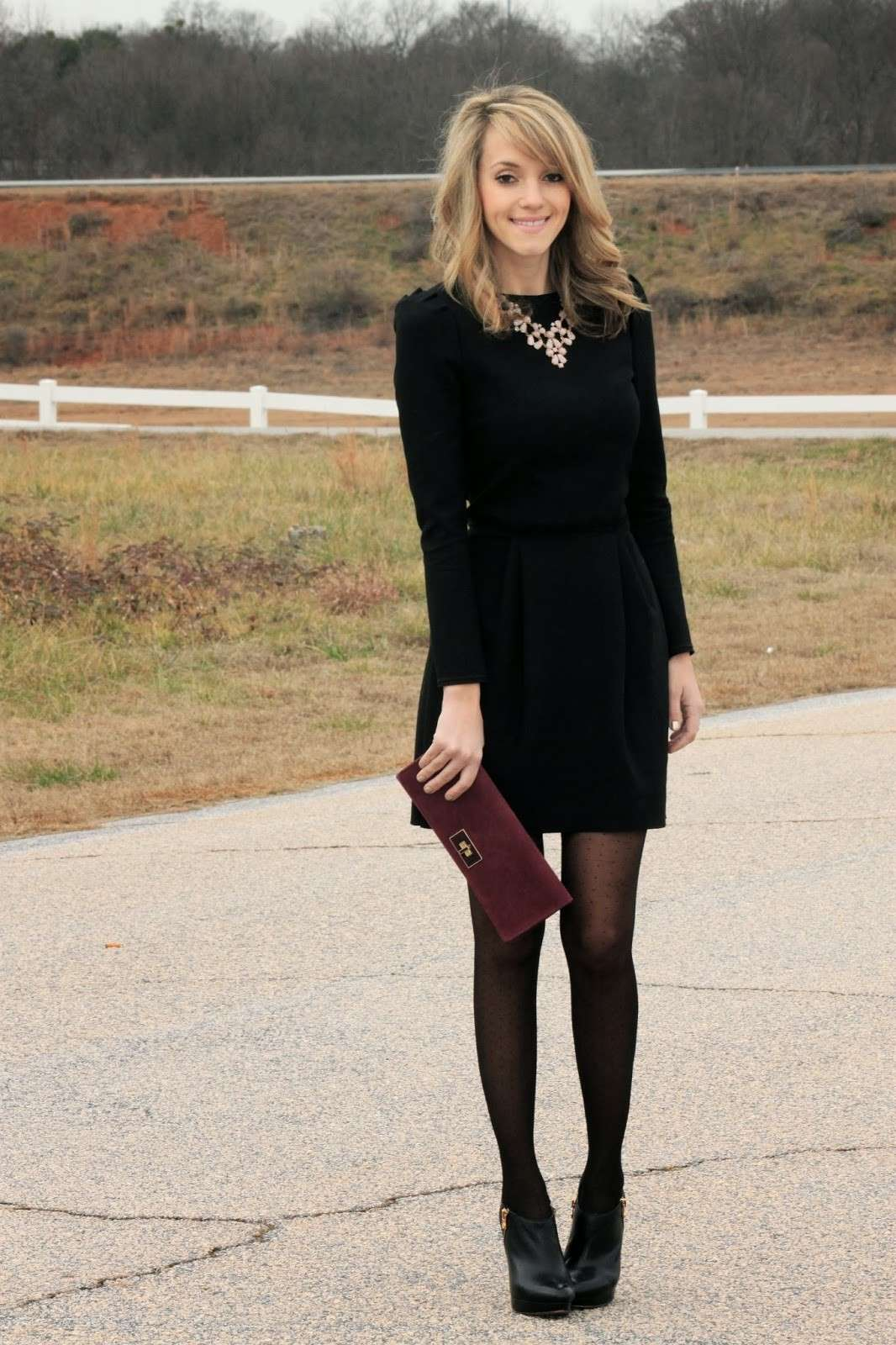 Outfit con mini dress nero