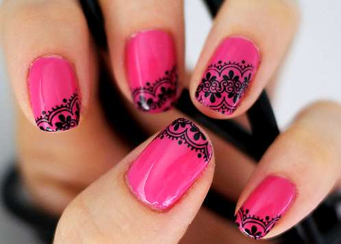 Nail art pink effetto pizzo