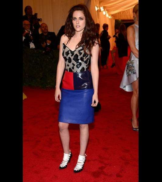 Kristen Stewart nel 2012 in occasione della mostra Schiaparelli And Prada Impossible Conversations