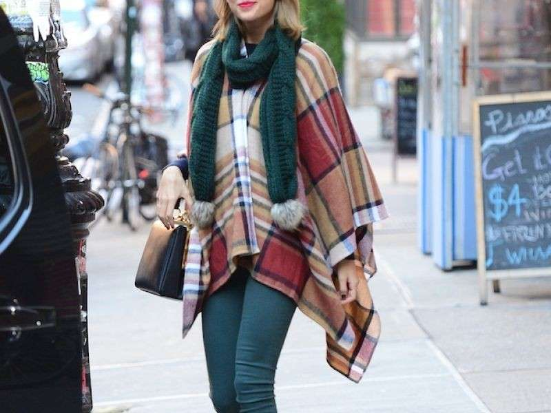 Il poncho di Taylor Swift