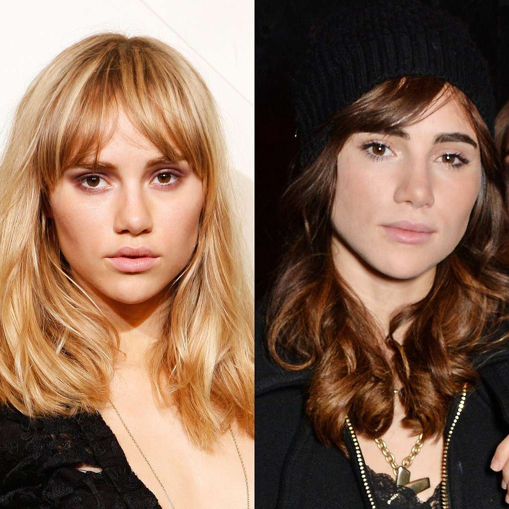Suki Waterhouse con i capelli scuri