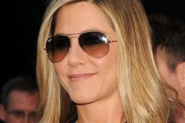 Jennifer Aniston con i Ray Ban