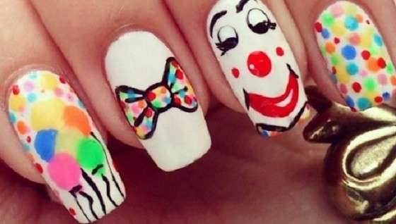 Nail art clown