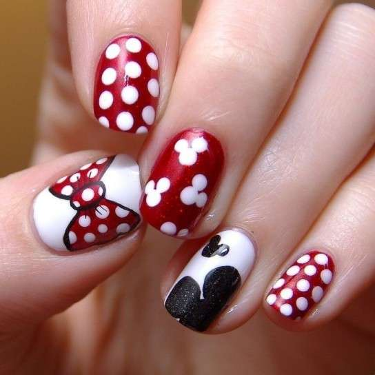 Nail art di Minnie