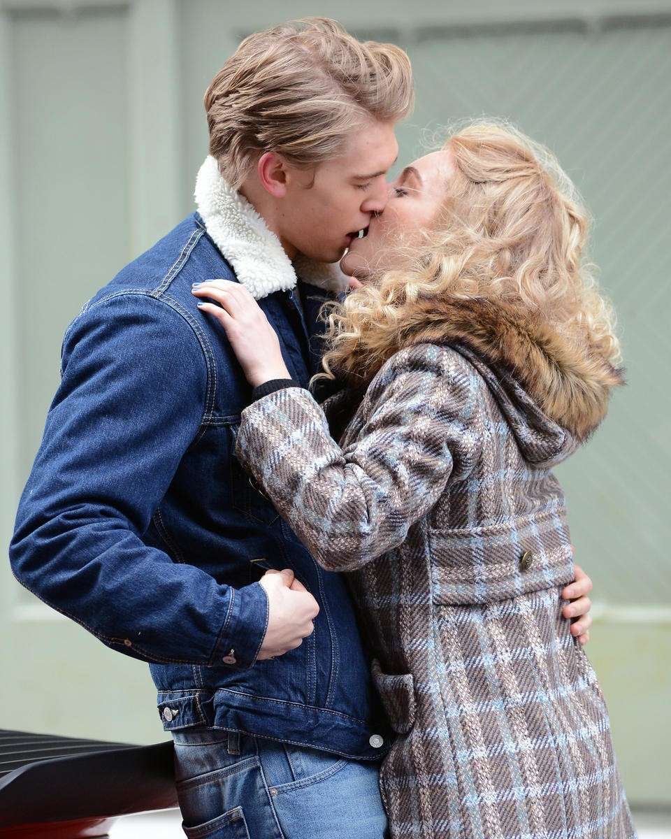 Carrie e Sebastian in The Carrie diaries