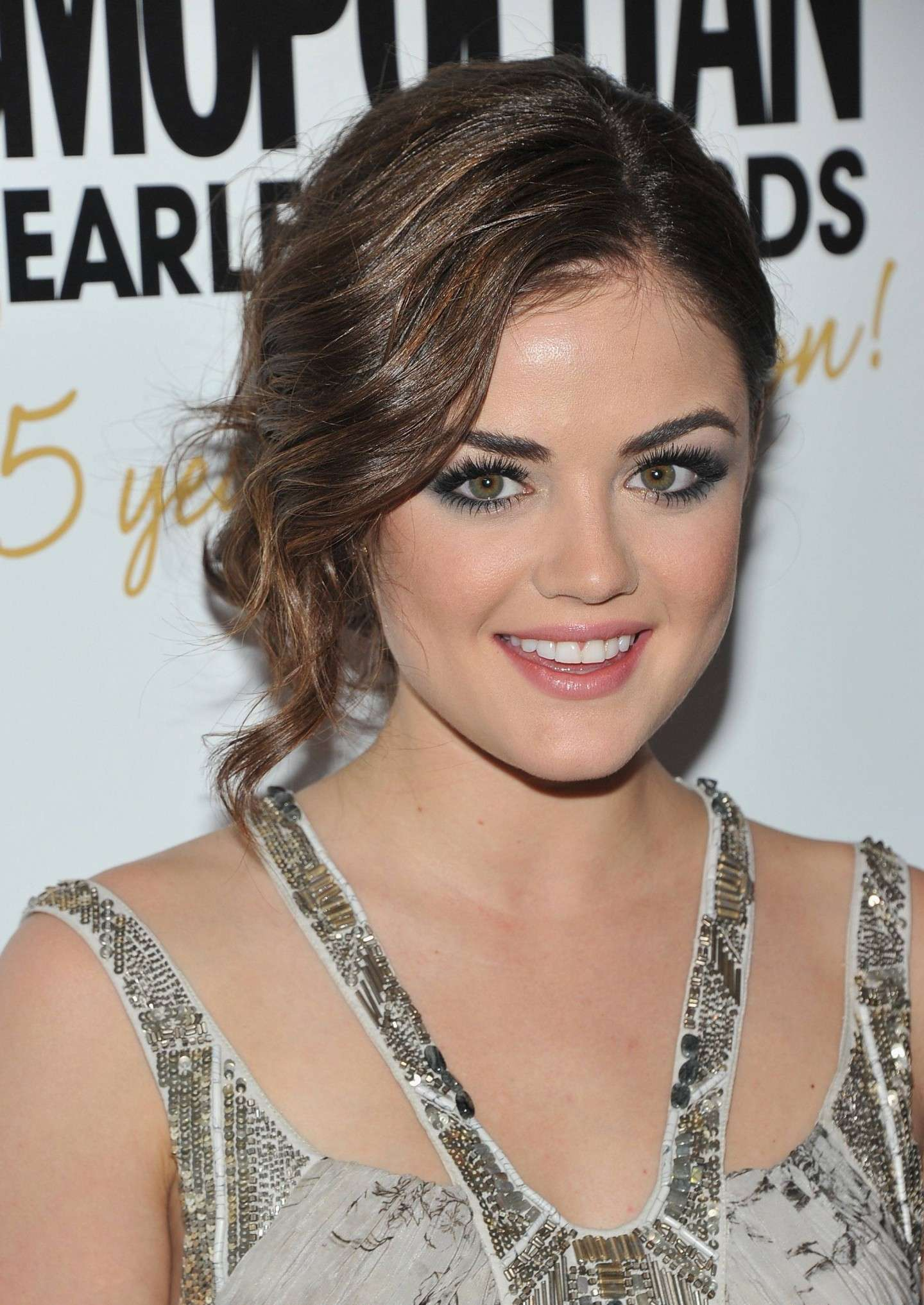 Smokey eyes di Lucy Hale