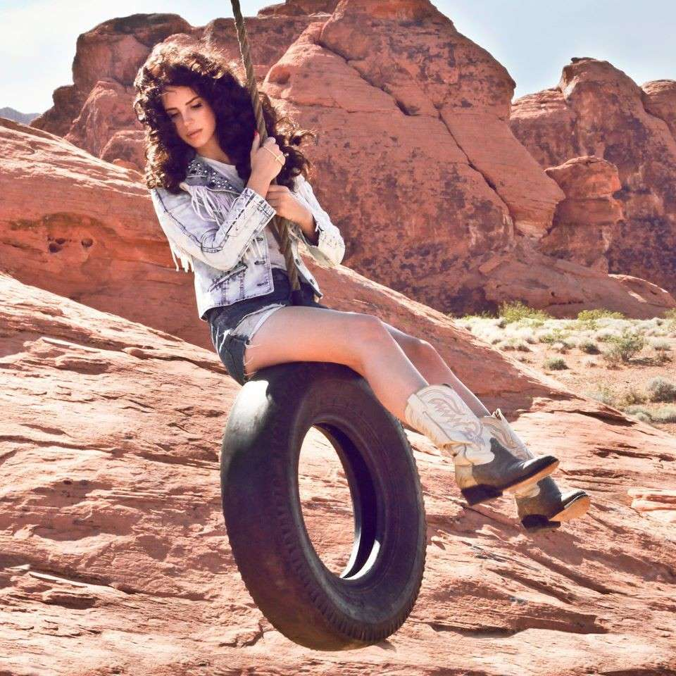 Lana del Rey in Ride