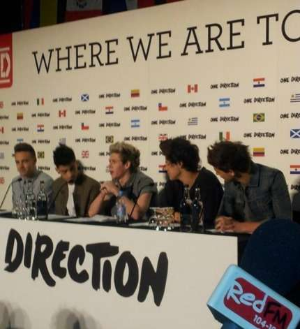 1D TOUR NEGLI STADI 2014 CONFERENZA