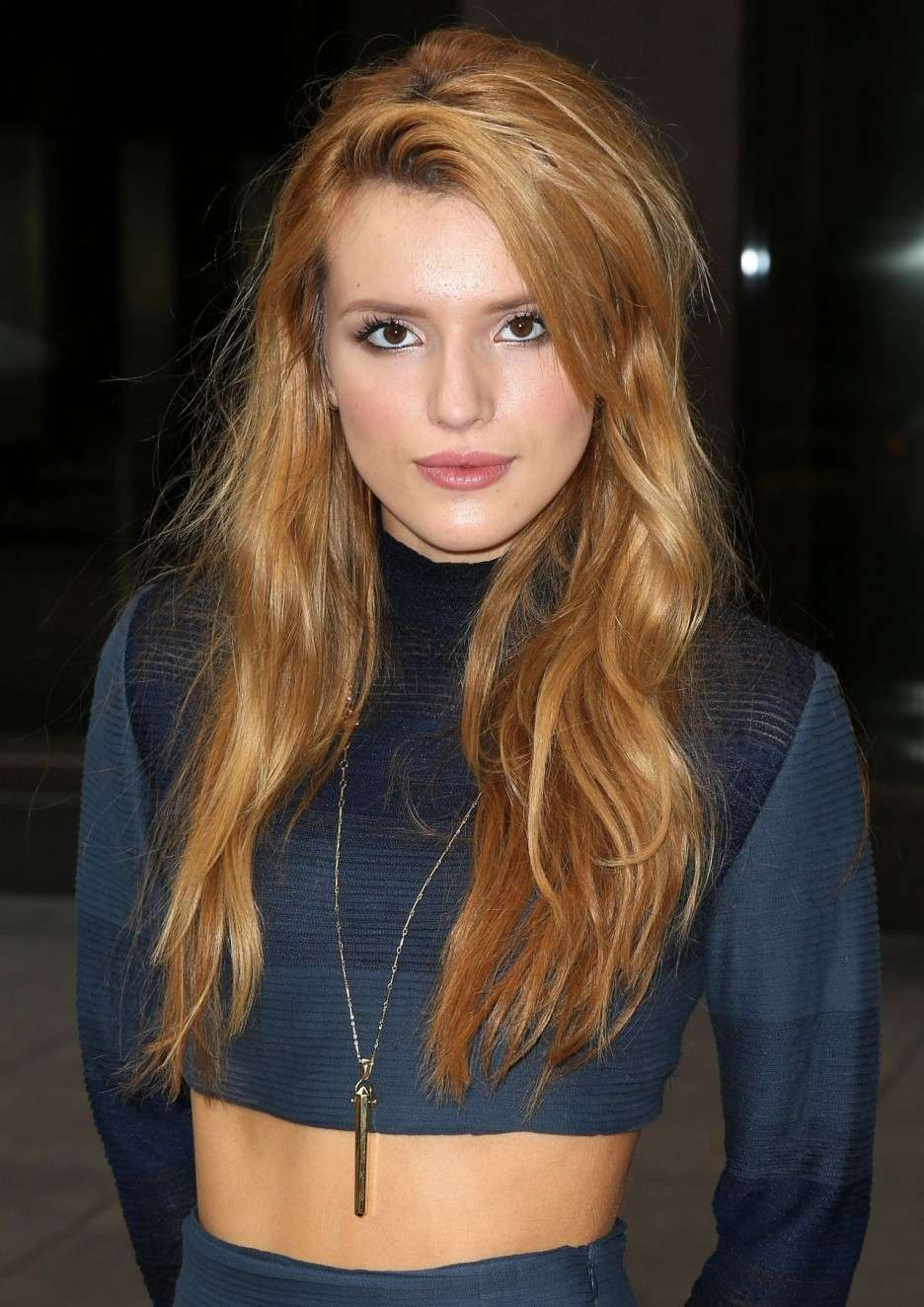 Crop top di Bella Thorne