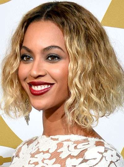 Caschetto mosso come Beyonce