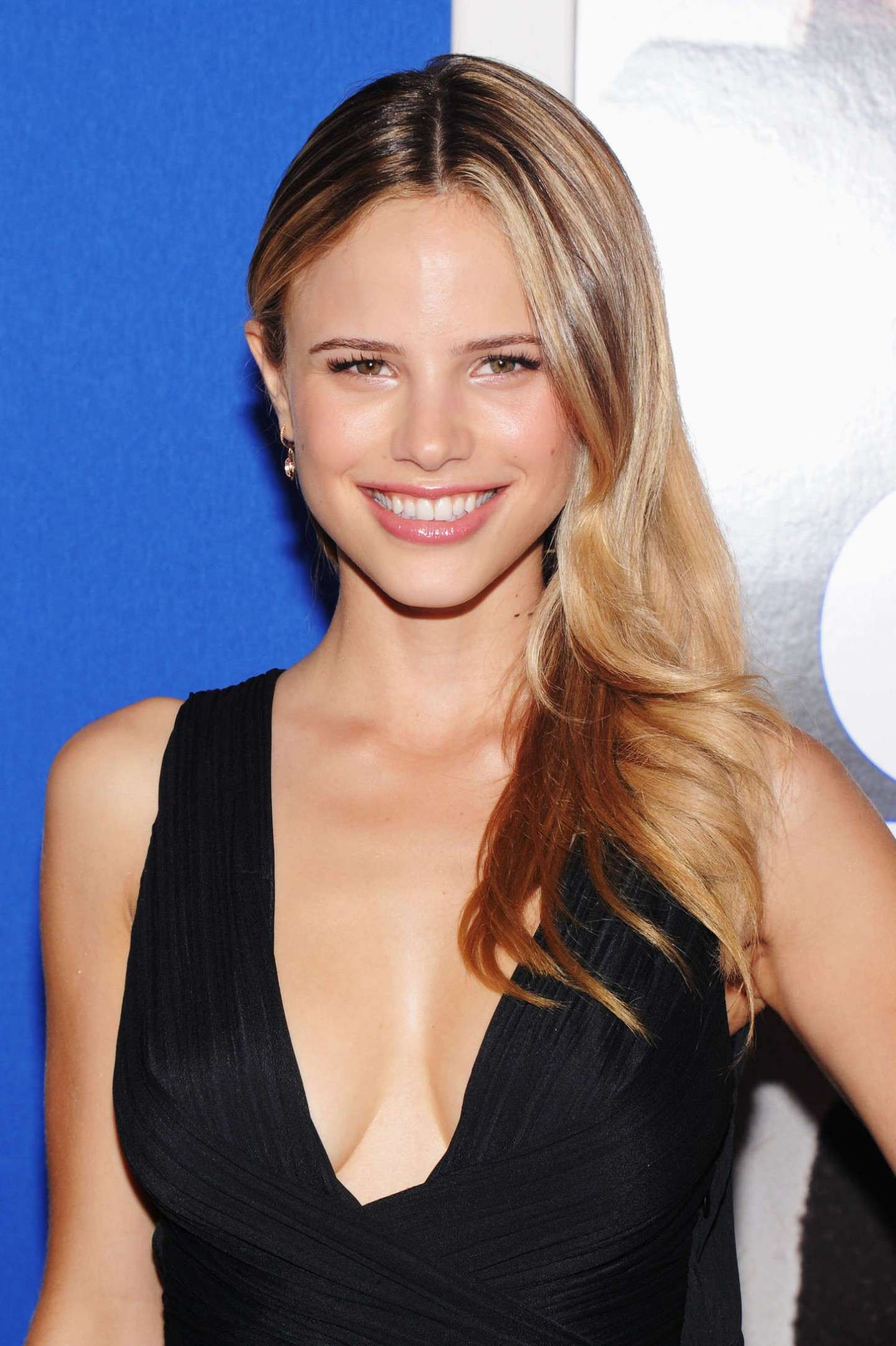 Halston Sage in Bling Ring