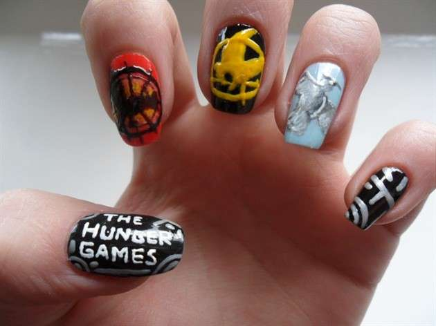 La nail art di Hunger Games