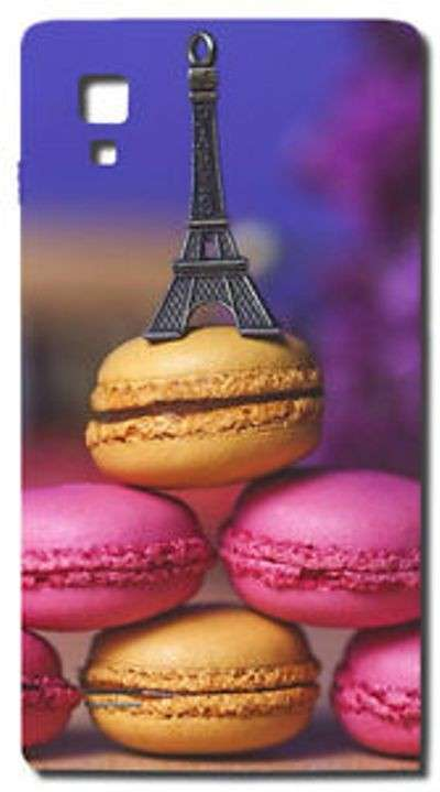Cover con macarons e Torre Eiffels