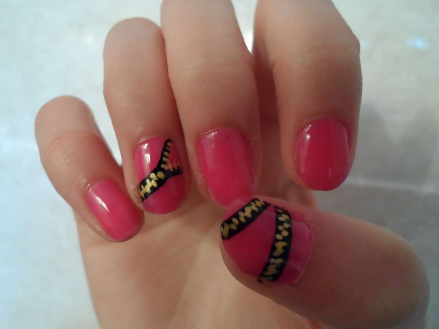 Zipper nails rosa
