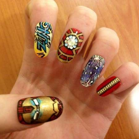 La nail art di Iron Man