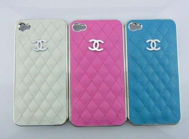 Cover in pelle di Chanel