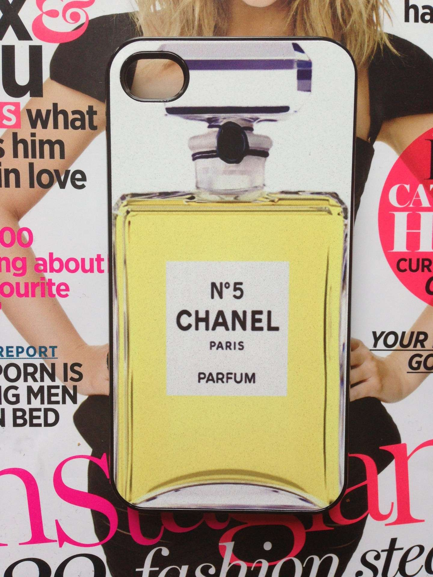 Cover Chanel profumo n,5