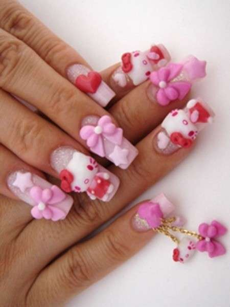 Originale nail art di Hello Kitty