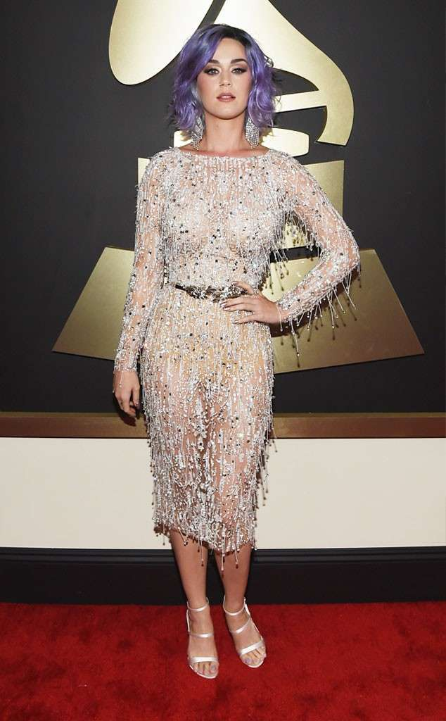 Katy Perry sul red carpet dei Grammy